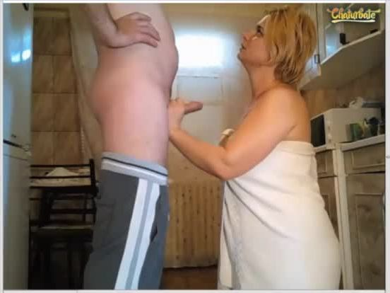 naked amateur mom sucks dad